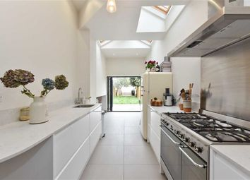Thumbnail Flat for sale in Compton Road, London
