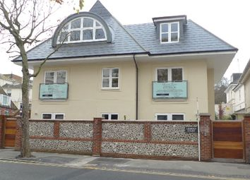 Thumbnail 1 bed flat to rent in Lismore Road, Eastbourne