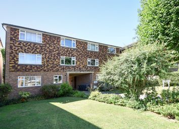 Thumbnail 2 bedroom flat for sale in Lime Grove, New Malden