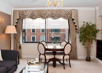 Thumbnail 1 bed flat to rent in Arlington Street, St James's, Mayfair, London