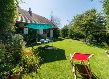 Thumbnail Detached house for sale in Between Annecy And Geneva, Menthonnex-En-Bornes, Cruseilles, Saint-Julien-En-Genevois, Haute-Savoie, Rhône-Alpes, France