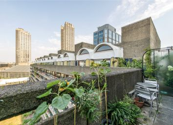 Willoughby House, Barbican, London EC2Y. 2 bed flat for sale