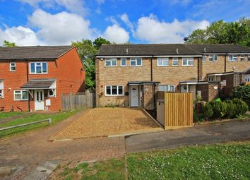 3 bed end terrace house for sale in Caxton Close, Hartley, Longfield DA3