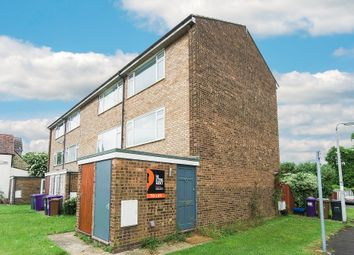 2 bed maisonette to rent in Queens Road, Royston, Hertfordshire SG8