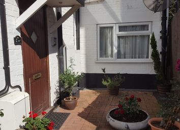 Thumbnail 2 bed flat for sale in Hurstwood Road, Temple Fortune