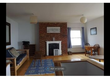 Thumbnail 1 bed flat to rent in Cliff Road, Cowes