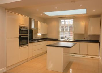 3 bed terraced house to rent in Albion Street, Birmingham B1