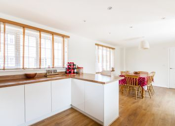 Thumbnail 4 bed property to rent in Storksbill Lane, Southmoor, Abingdon