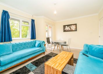 Thumbnail Flat for sale in Sunnymead, Crawley