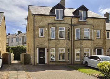 Thumbnail 3 bed town house for sale in Bendwood Close, Padiham, Burnley