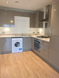 Thumbnail 1 bedroom flat to rent in Bowes Road, New Southgate