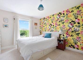 Thumbnail 1 bedroom flat for sale in Stapleton Hall Road, Stroud Green, London