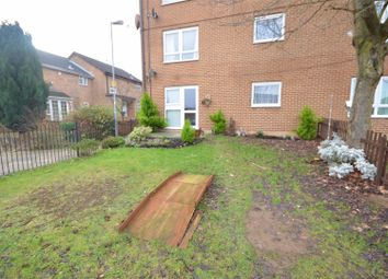 Thumbnail 2 bed flat to rent in Olympic Close, Luton