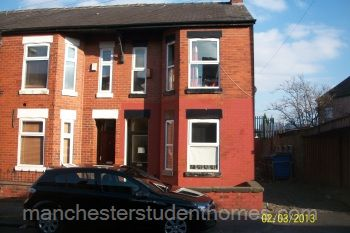 Thumbnail 6 bed terraced house to rent in Standish Road, Fallowfield