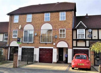 Thumbnail 4 bed town house to rent in Silbury Avenue, Mitcham