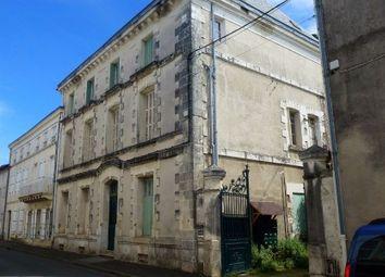 Thumbnail Commercial property for sale in Saint-Maixent-l-Ecole, Deux-Sèvres, France