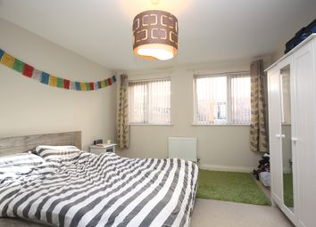 Thumbnail 1 bedroom flat to rent in Park Place, Horsham