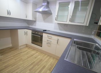 Thumbnail 3 bed flat to rent in Bute Street, Luton