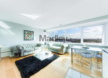 George Beard Road, London SE8. 2 bed flat for sale