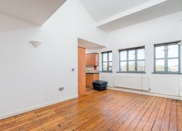 Thumbnail 2 bed flat to rent in 2, Hackney
