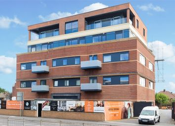 Thumbnail 2 bed flat to rent in Bath Road, Slough, Berkshire