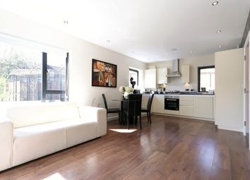 Thumbnail 2 bed flat for sale in Flat 2 Upland Road, East Dulwich