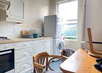 Thumbnail 3 bed flat to rent in Bowes Road, Palmers Green, Bounds Green