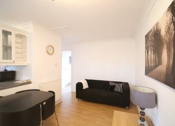 2 bed flat to rent in Downs Road, Canterbury, Kent CT2