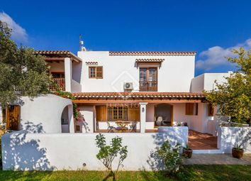 Thumbnail 5 bed villa for sale in Spain, Ibiza, Santa Eulalia, Ibz1496
