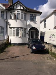 Thumbnail 2 bedroom flat to rent in Roding Lane North, Woodford