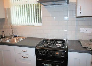 Thumbnail 3 bed flat to rent in New Road Side, Horsforth, Leeds