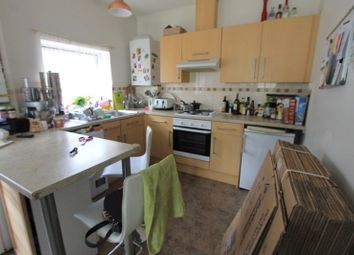 Thumbnail 2 bed flat to rent in Nizells Avenue, Hove
