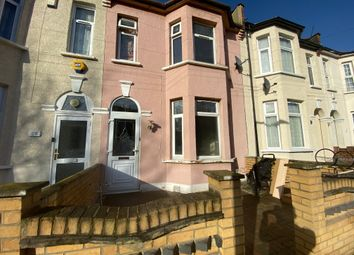 4 bed terraced house to rent in May Terrace, Mayville Road, Ilford IG1