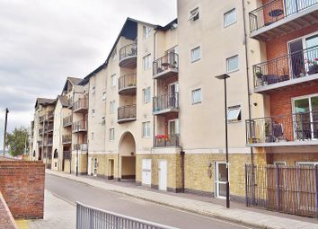 Thumbnail 2 bed flat to rent in Admiral Wharf, Lower Canal Street, Southampton, Hampshire