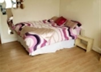 Thumbnail 3 bedroom flat to rent in Otley Road, Headingley, Leeds