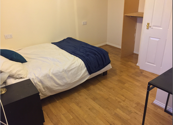 Room to rent in Turle Road, London SW16
