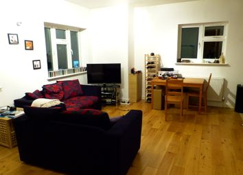 Thumbnail 2 bed flat to rent in Hoop Lane, Golders Green, London
