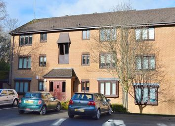 Thumbnail 2 bed flat to rent in Burnfield Gardens, Giffnock, Glasgow
