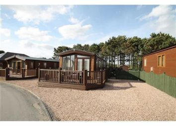 Thumbnail 2 bed mobile/park home for sale in South Links Holiday Park, Montrose, Angus