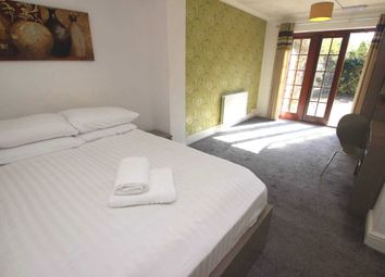 Thumbnail Room to rent in Erleigh Court Gardens, Earley, Reading