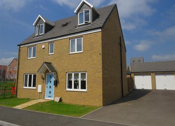 Thumbnail 5 bed detached house for sale in Green Crescent, Desborough, Kettering