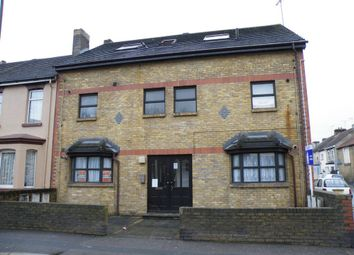 Thumbnail Studio to rent in Connaught Road, Chatham