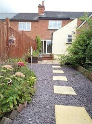 Thumbnail 2 bed detached house to rent in Chester Street, Reading
