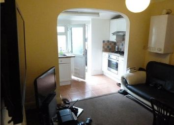 Thumbnail 2 bed flat to rent in Lipson Avenue, Plymouth