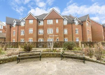 Thumbnail 1 bedroom flat for sale in Chaldon Road, Caterham
