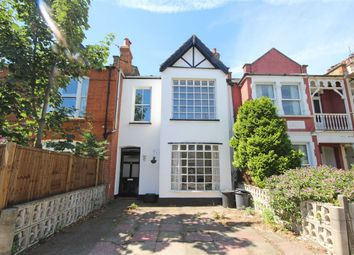 Thumbnail 1 bed flat to rent in Pagoda Avenue, Kew, Richmond