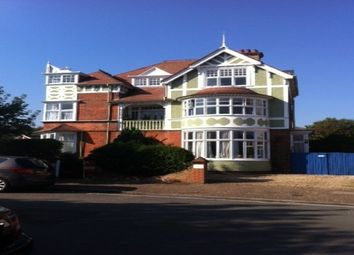 Thumbnail 2 bed flat to rent in Cliff Avenue, Cromer