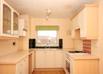 Thumbnail 2 bed flat to rent in Blenheim Road, Horsham