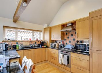 Thumbnail 2 bed detached house to rent in London Road, Hassocks, West Sussex