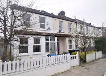 4 bed property to rent in Robinson Road, Colliers Wood, London SW17